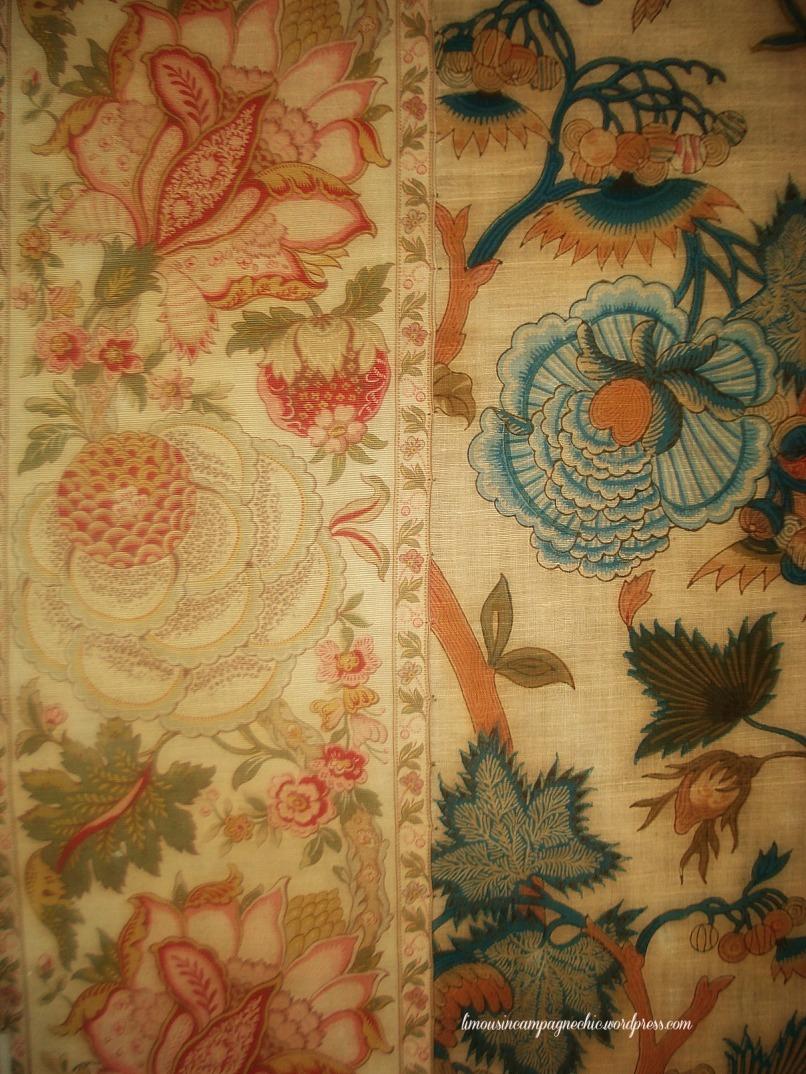 Coordonnés tissus fleurs Chateau du Fraisse