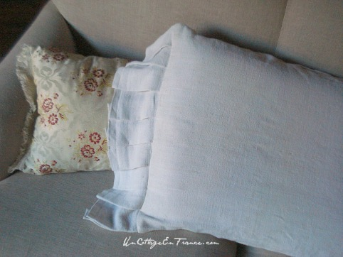 Coussin en drap de lin - Drop cloth cushion