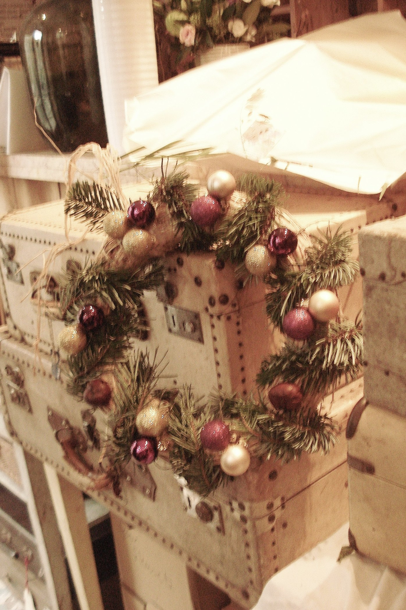 Première couronne un peu traditionnelle - First traditional wreath