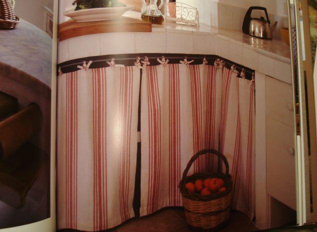 Cuisines Rustiques/Rustic Kitchens - Loft Publications Ed. 2009