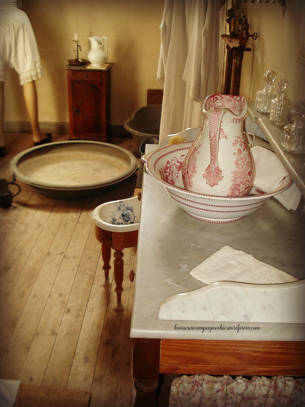 hateau du Fraisse salle de bain