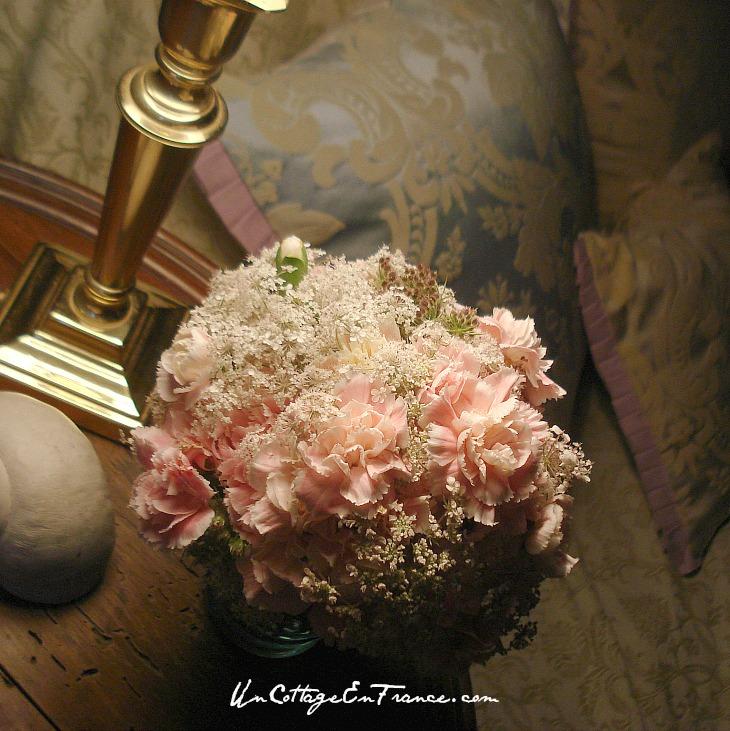 Bouquet rose - Un Cottage En France.com