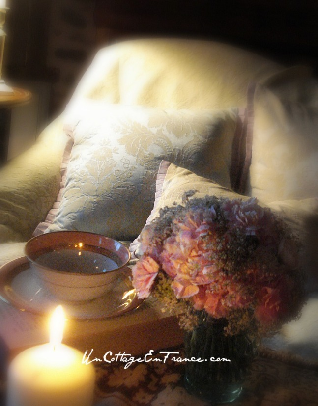 Pink carnations bouquet - Un Cottage En France.com