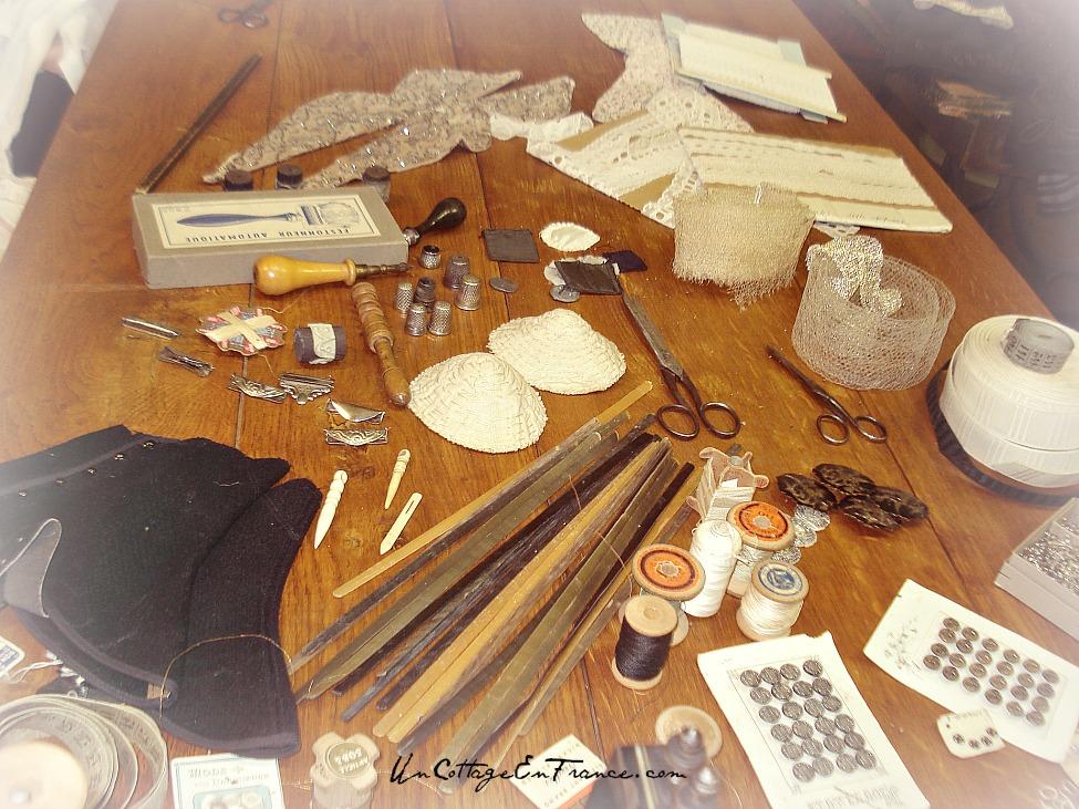 L'atelier de la couturiere - Un Cottage En France