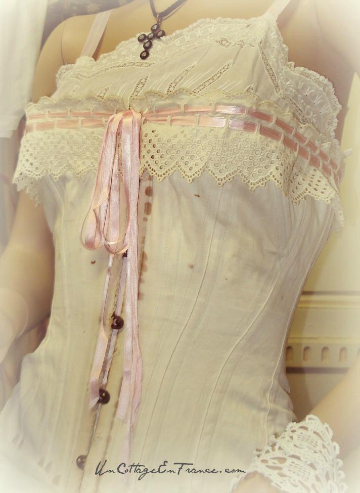Sous vetements 1900 - Musee de Chateauponsac 87