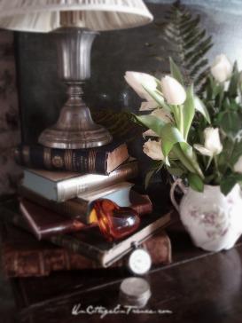 Bouquet cottage de tulipes blanches