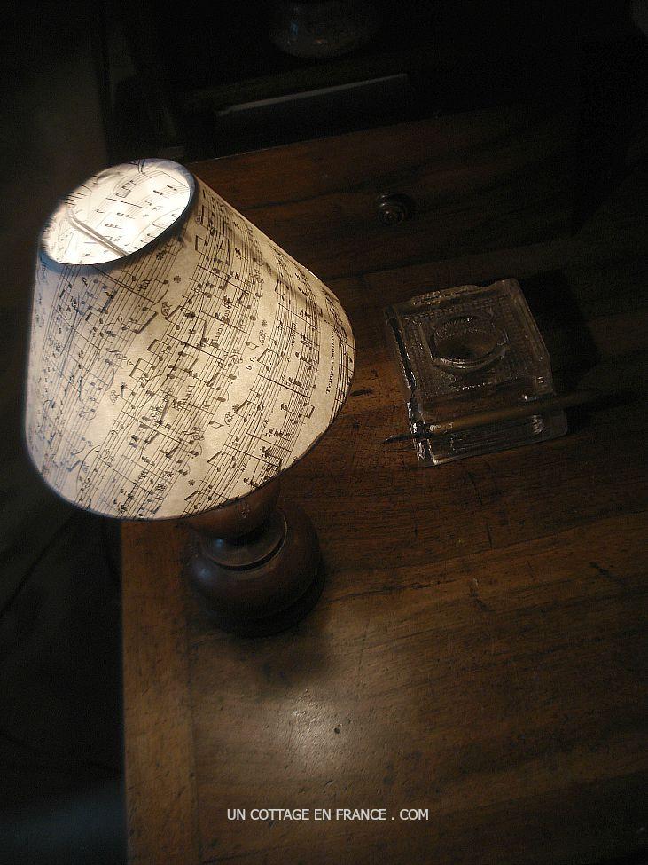 shabby lamp score paper esprit de charme