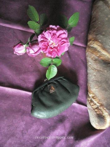 Blog decoration romantique, la nappe violette
