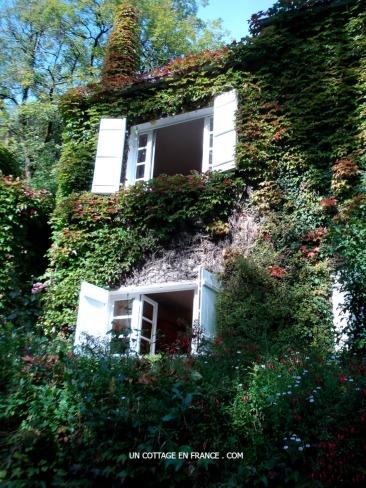 La maison recouverte de vigne vierge 4