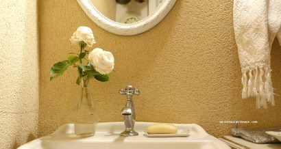 bouquet-de-roses-blanches-en-boite-white-roses-in-a-wodden-box