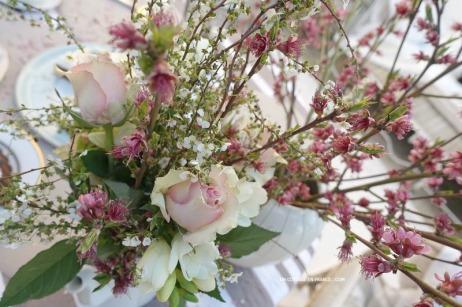 Le bouquet de mars avril avec les branches de pêcher, blog vivre à la campagne 12sc