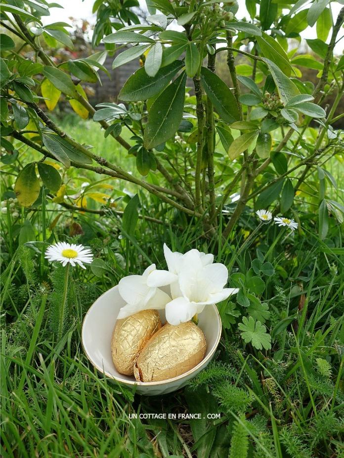 Dans des mini bols en porcelaine (In porcelaine mini bowls)