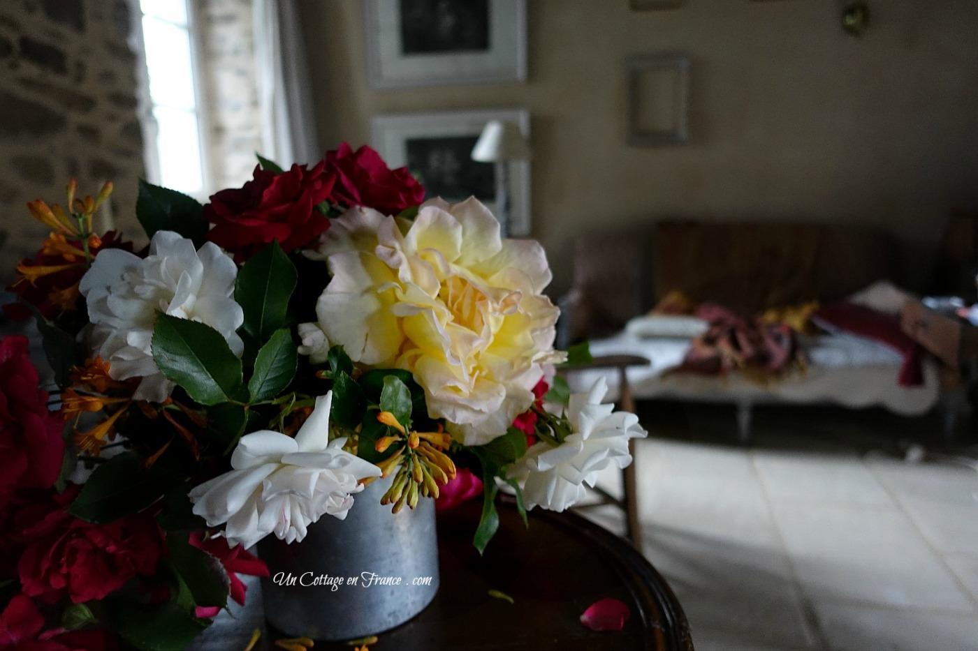 Salon campagne chic, bouquet de roses printemps 2017, esprit jolie maison 2