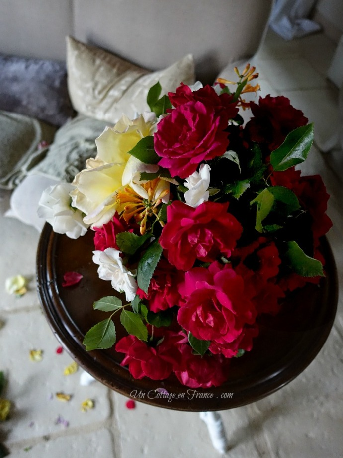 cabbage roses cottage french