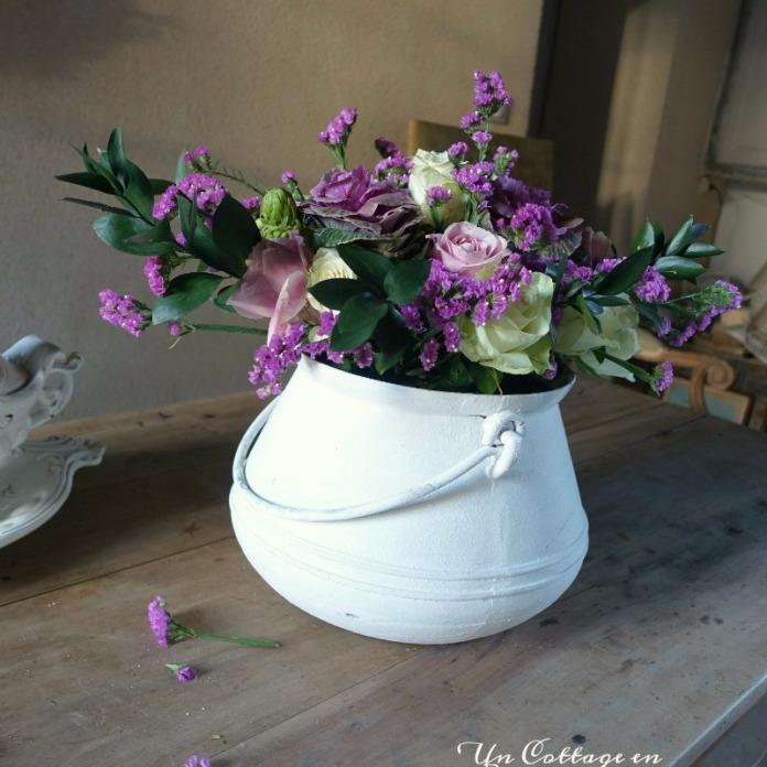 Bouquet de novembre dans le chaudron blanc - blog Un Cottage en France 7