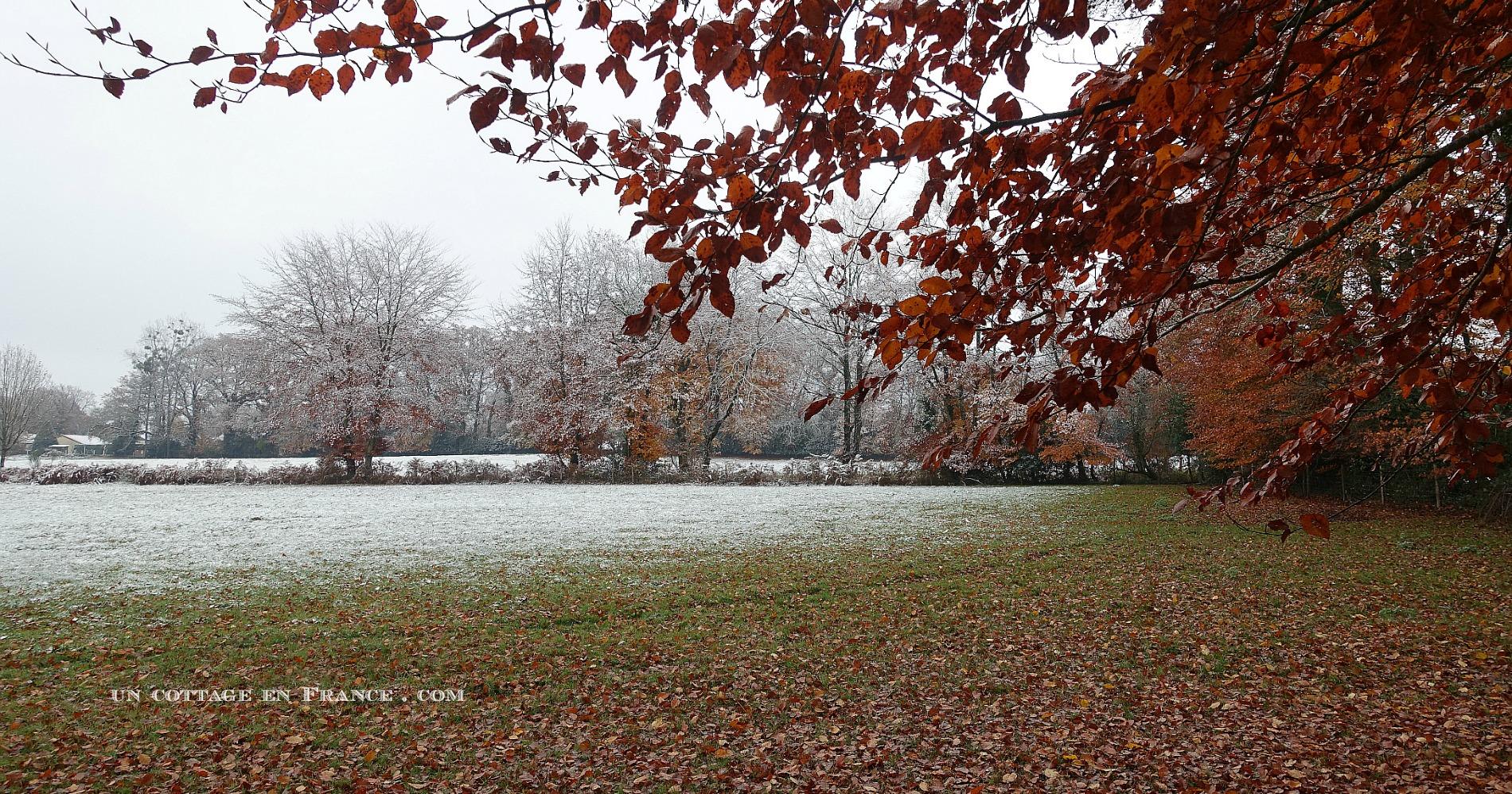 Décembre (December)
