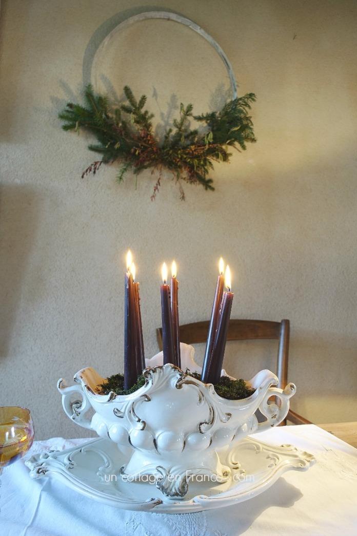 Les bougies de Noël dans la soupière, Un Cottage en France . com 1