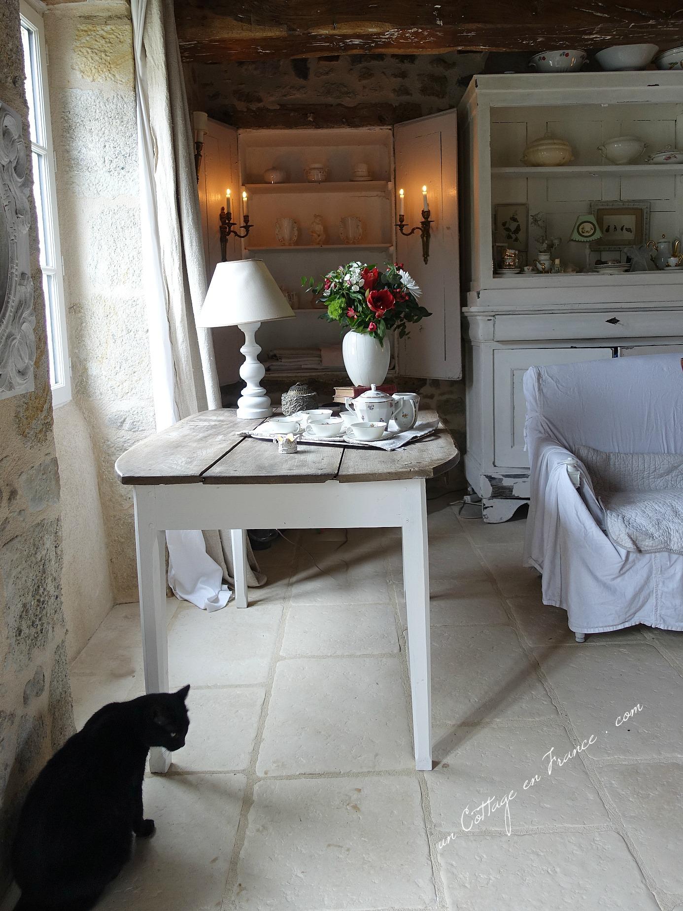 Maison campagne romantique, blog campagne chic relooking de la chaise 3