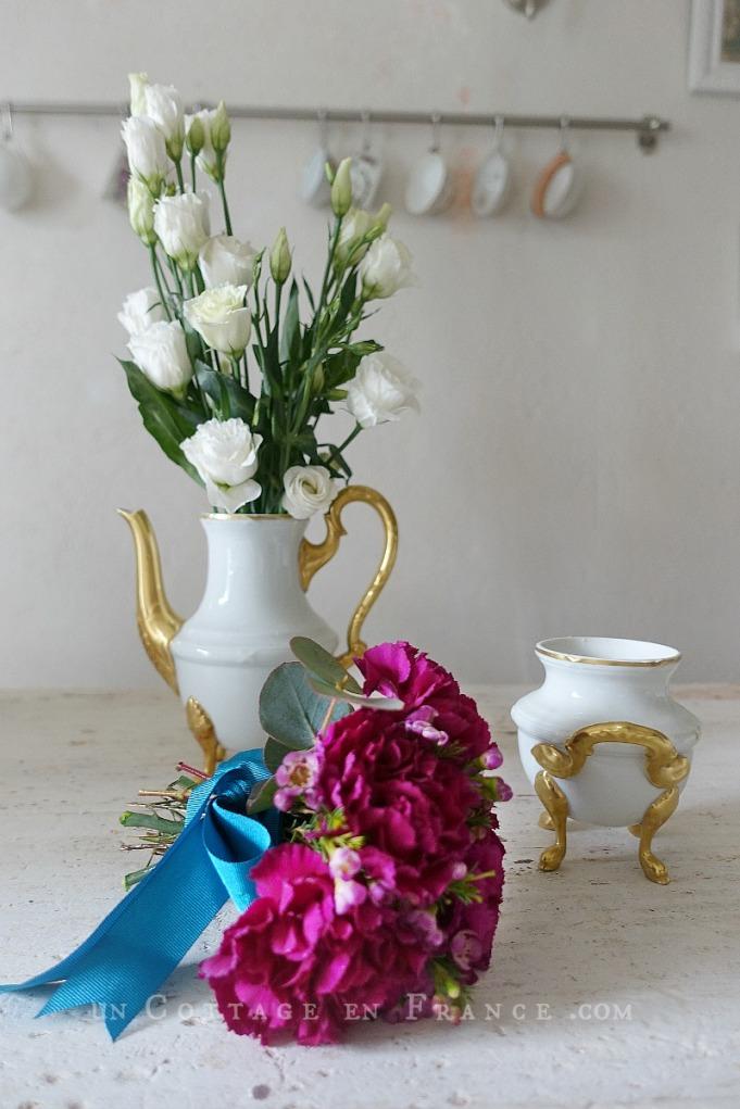 Bouquet d'oeillets romantique (Romantic pink carnations arrangement) 2