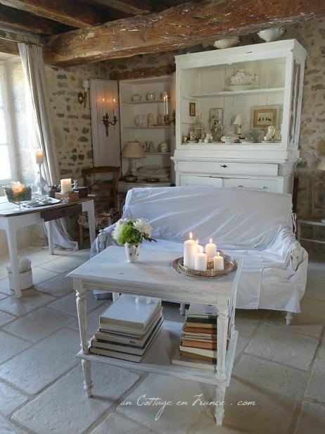 Décoration romantique en blanc pour le cottage 2018 1