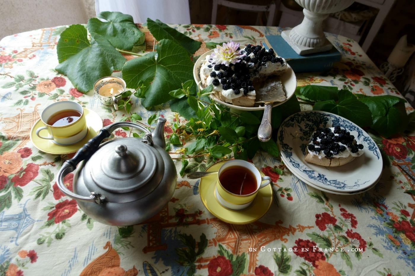 La pavlova aux mûres blog cottage 2