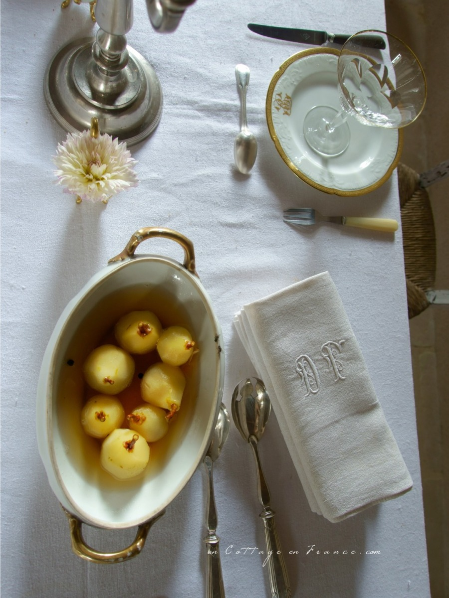 Les poires au vin de l'été indien (End of summer pears cooked in wine)