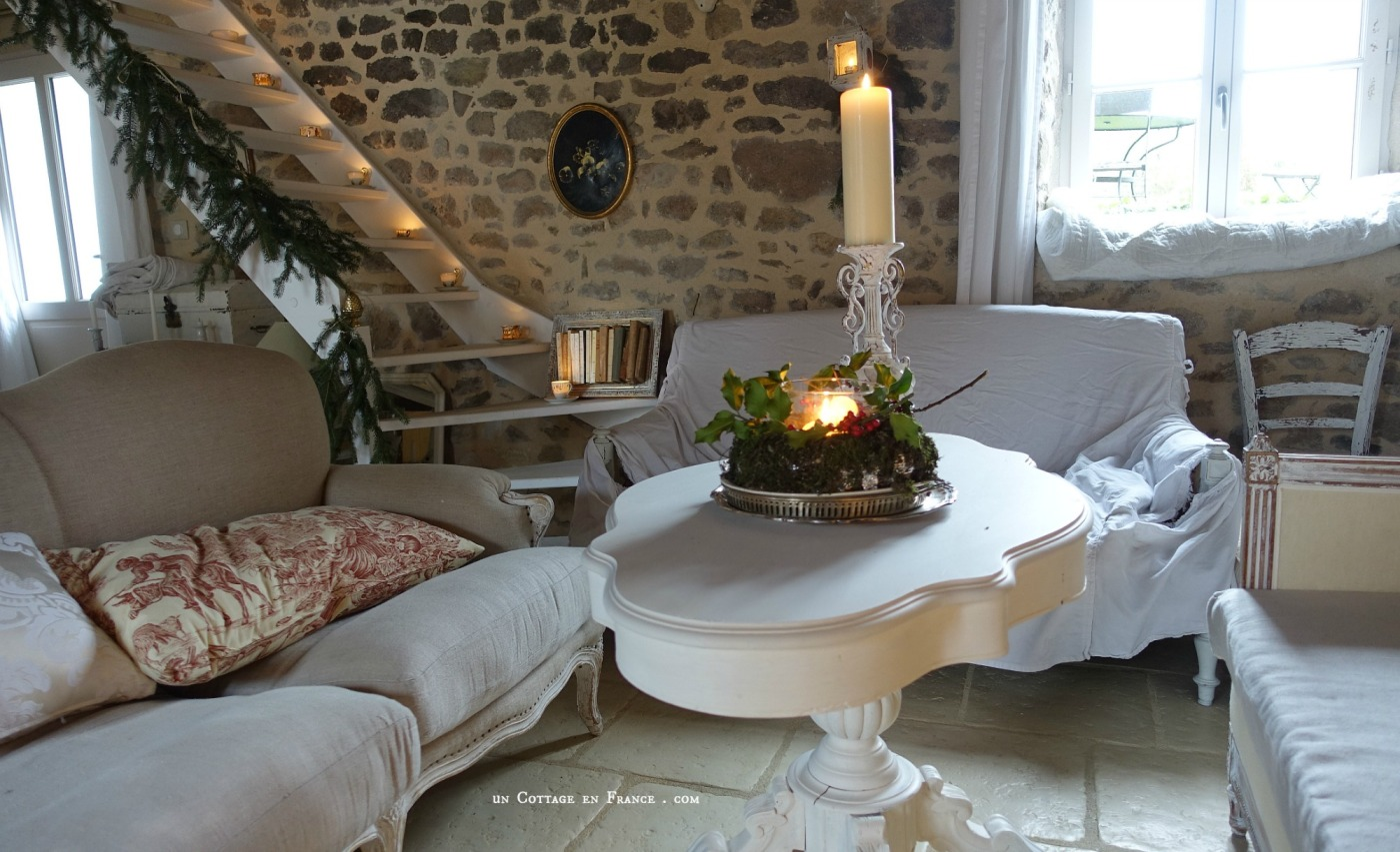 Le salon blanc country chic Un Cottage en France blog