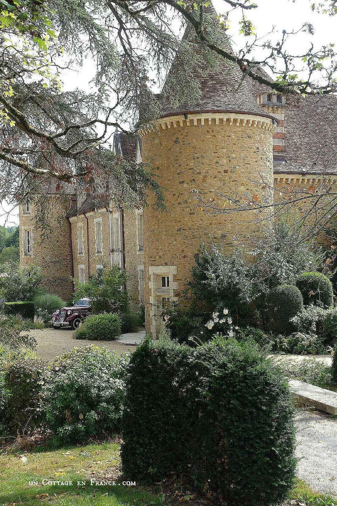Un beau domaine boutique/hôtel | A beautiful boutique hotel  (le Domaine des Etangs, Charente)