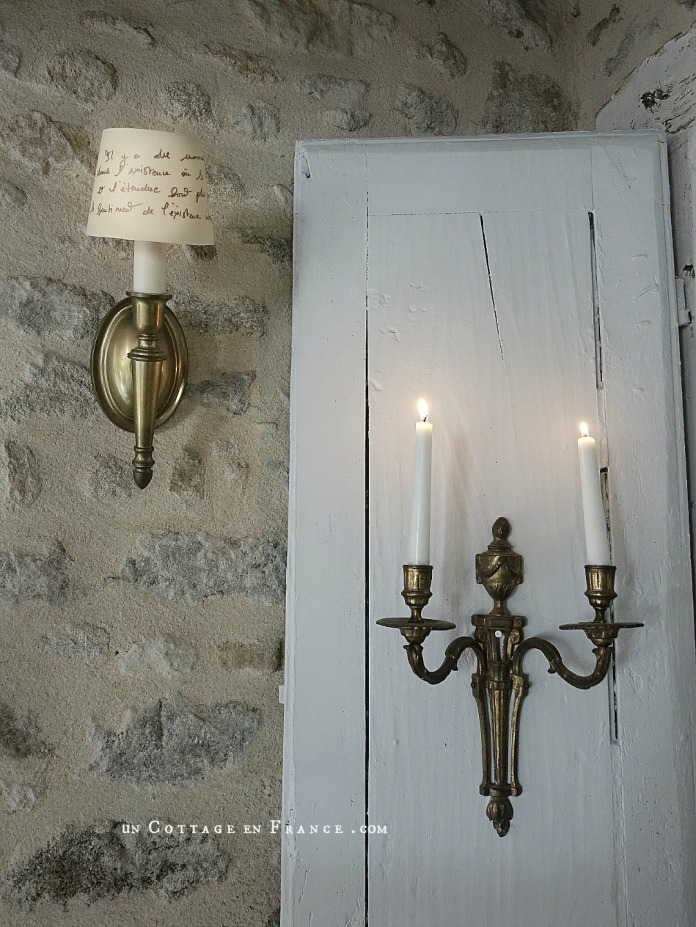 #whitecottagecharm #uncottageenfrance #campagnechic #frenchinterior #frenchfarmhousestyle #cottagecharm #cottagechic #cottageliving #shabbystyle #shabbychichome #frenchcottage #shabbyhome #farmhousevignette #cottagevignette #chippypaint #frenchdecoration #fermette #countrychic #rustique #rusticdecor #decorustic #cottagedecor #maisondecampagne #campagnedecoration #countryhomemag #brocante