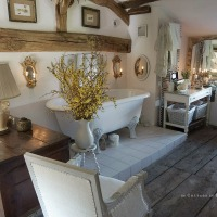 Blancs shabby chic dans la salle de bain | Old whites in the bathroom