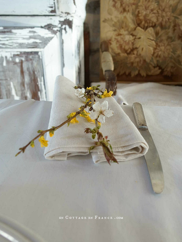 Simplicité de Pâques (Easter twigs simplicity)